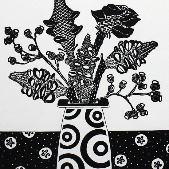 kate-hudson-banksia-cobs-and-circle-vase